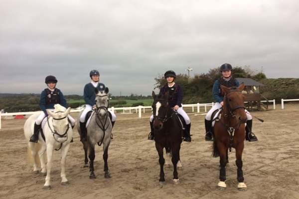 DCW Show Jumping Team